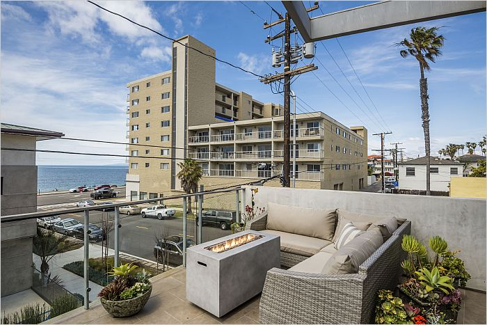Elfyer - Redondo Beach, CA House - For Sale