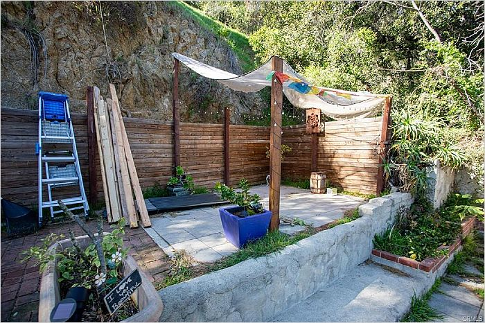 Elfyer - Los Angeles, CA House - For Sale