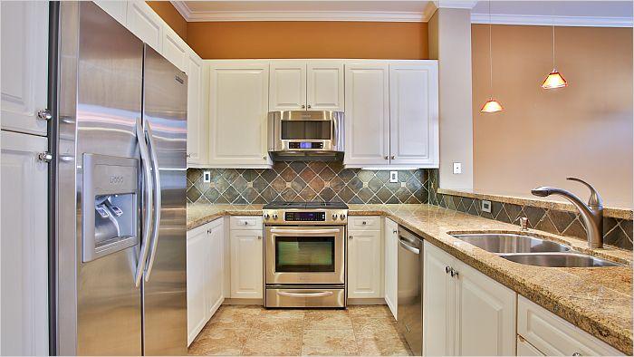 Elfyer - Irvine, CA House - For Sale