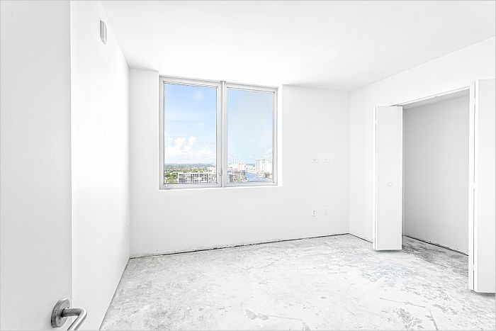 Elfyer - Hallandale, FL House - For Sale