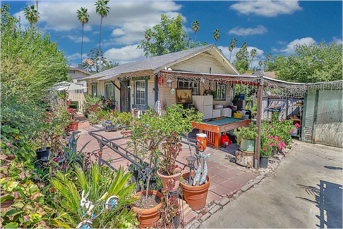 Elfyer - Van Nuys, CA House - For Sale