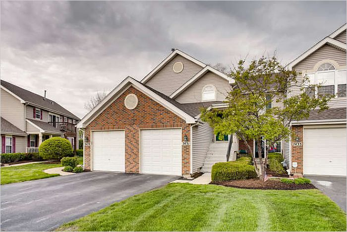 Elfyer - CARPENTERSVILLE, IL House - For Sale