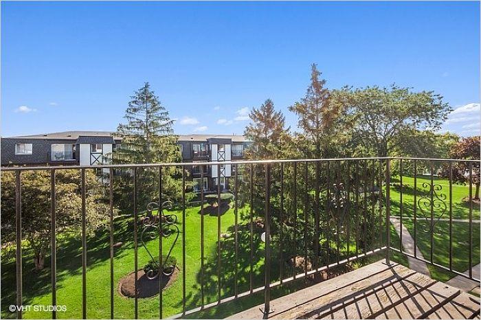 Elfyer - Des Plaines, IL House - For Sale