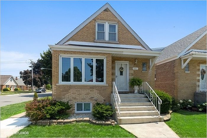 Elfyer - Chiago, IL House - For Sale