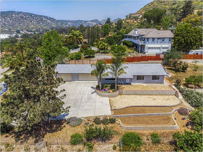 Elfyer - Escondido, CA House - For Sale