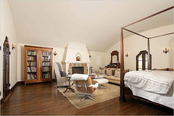 Elfyer - Prime Toluca Lake, CA House - For Sale