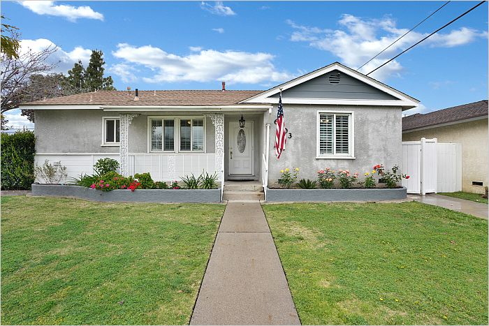 Elfyer - Lakewood, CA House - For Sale