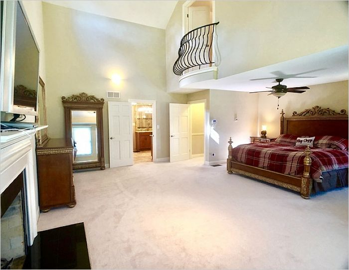 Elfyer - Frankfort, IL House - For Sale