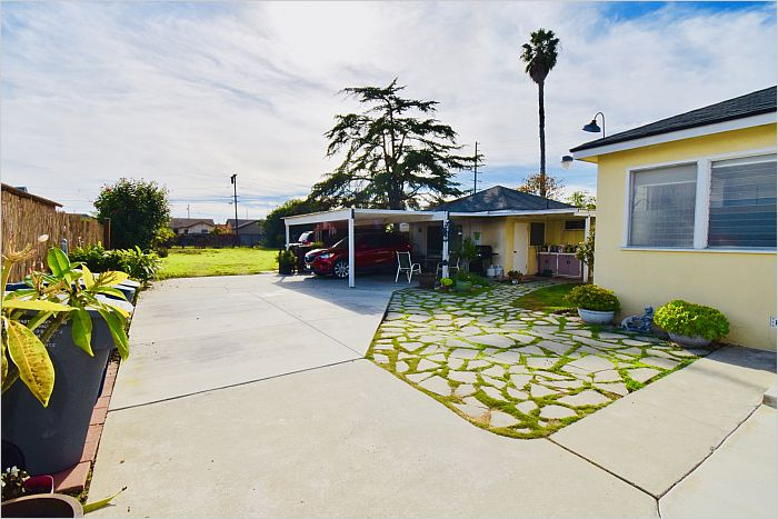 Elfyer - Gardena, CA House - For Sale