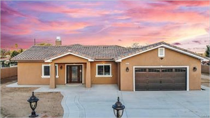Elfyer - Riverside, CA House - For Sale