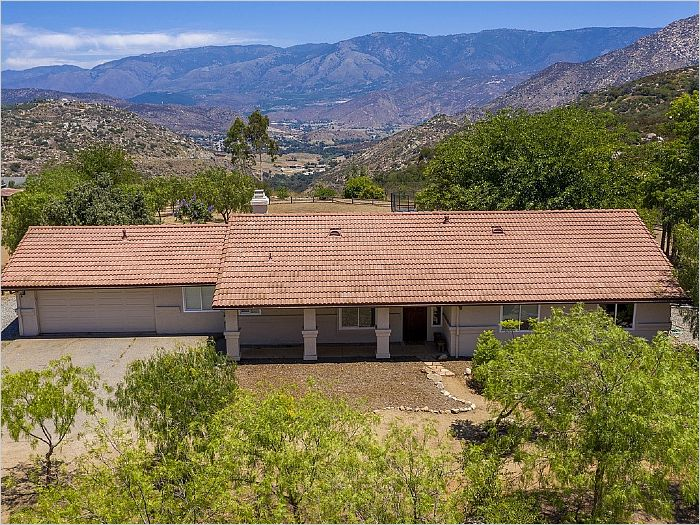 Elfyer - Valley Center, CA House - For Sale