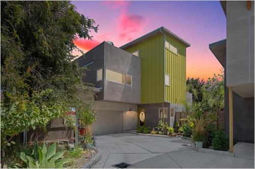 Elfyer - Port Hueneme, CA House - For Sale