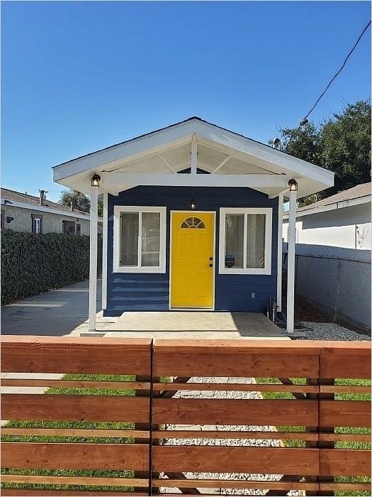 Elfyer - San Fernando, CA House - For Sale