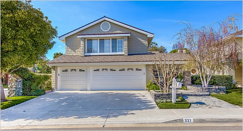 Elfyer - Irvine, CA House - For Sale
