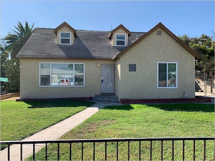 Elfyer - RIVERSIDE, CA House - For Sale