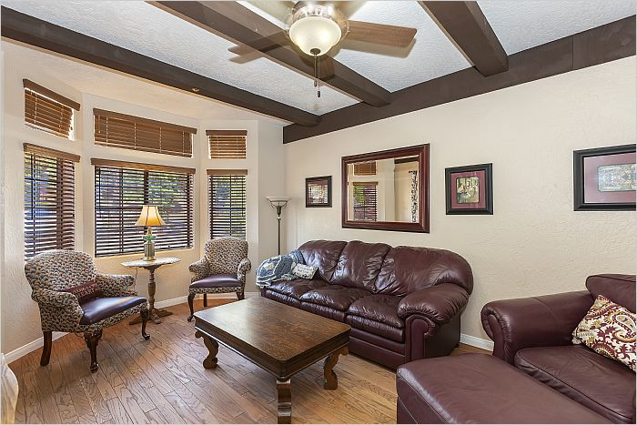 Elfyer - Wrightwood, CA House - For Sale