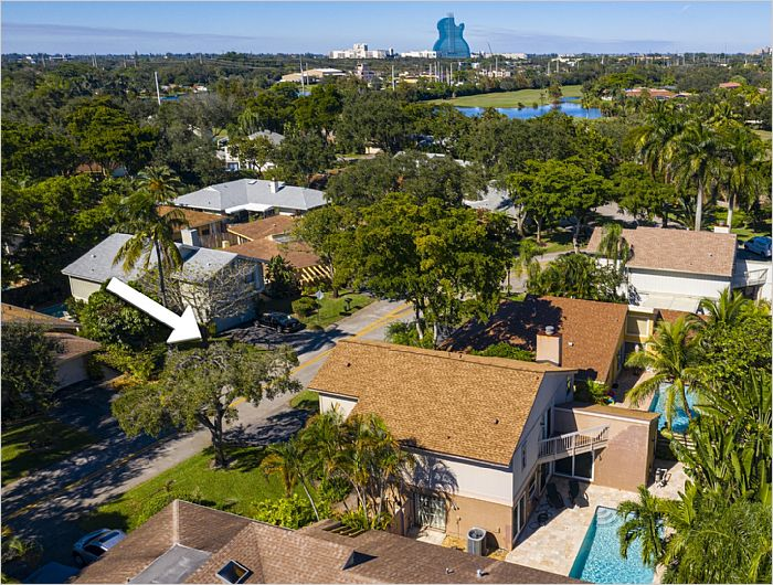 Elfyer - Hollywood, FL House - For Sale