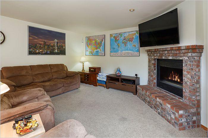 Elfyer - Kent, WA House - For Sale