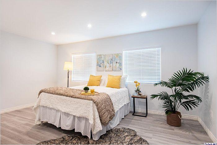 Elfyer - Sun Valley, CA House - For Sale