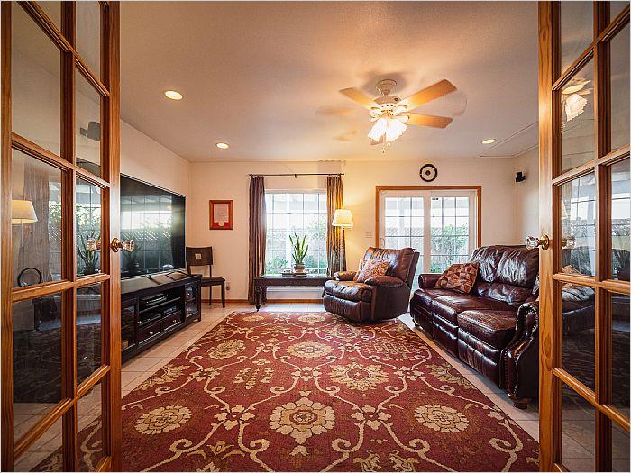 Elfyer - Gardena, CA House - For Sale