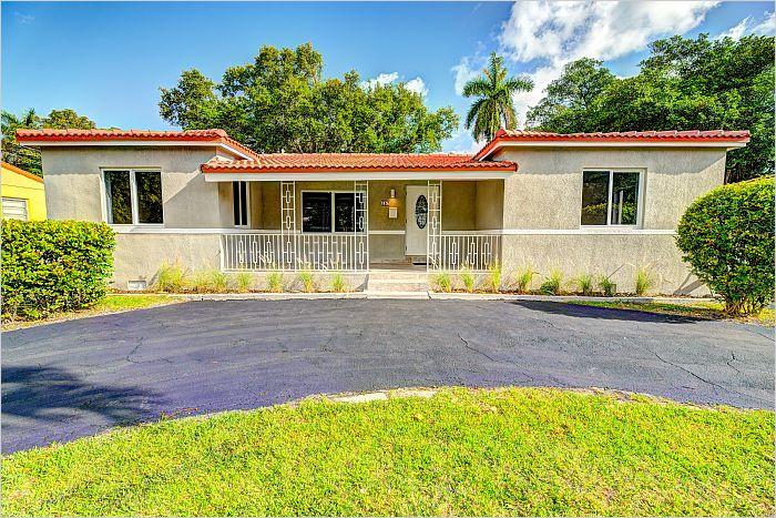 Elfyer - El Portal, FL House - For Sale