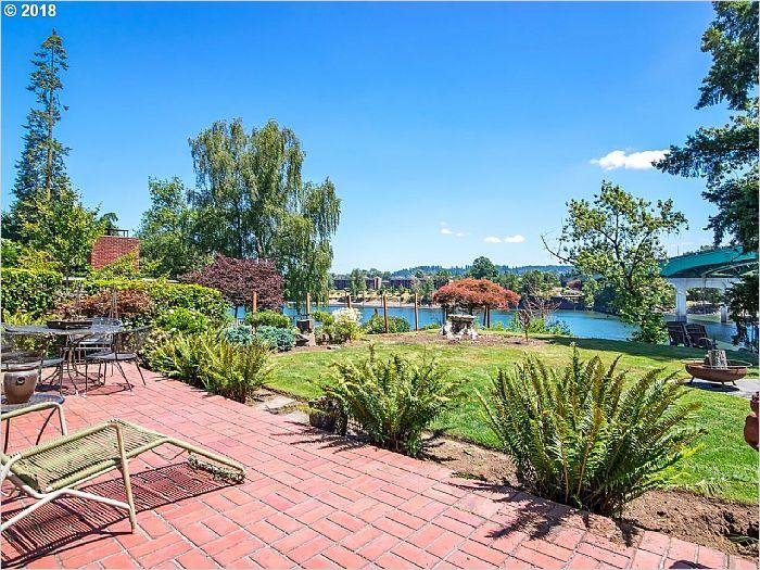 Elfyer - West Linn, OR House - For Sale
