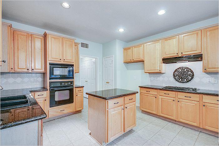 Elfyer - Seabrook, TX House - For Sale