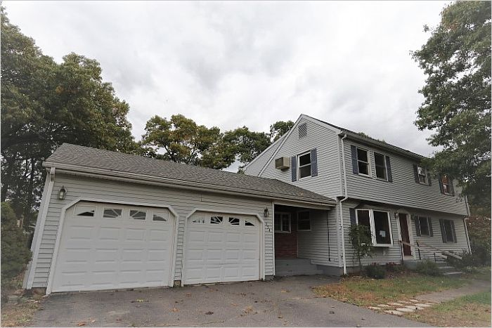 Elfyer - WINDSOR LOCKS, CT House - For Sale