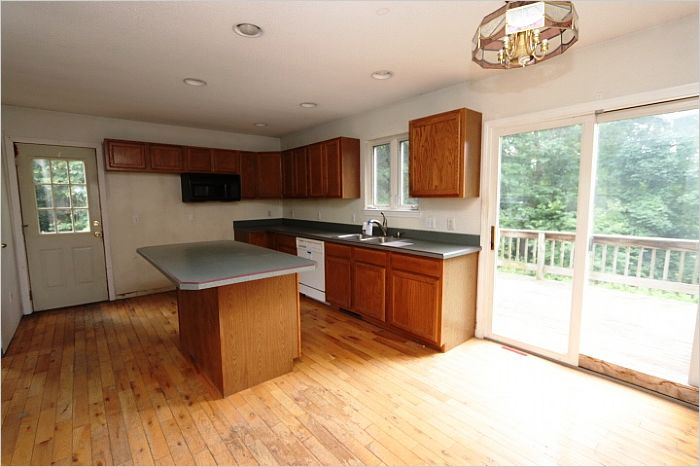Elfyer - BELCHERTOWN, MA House - For Sale