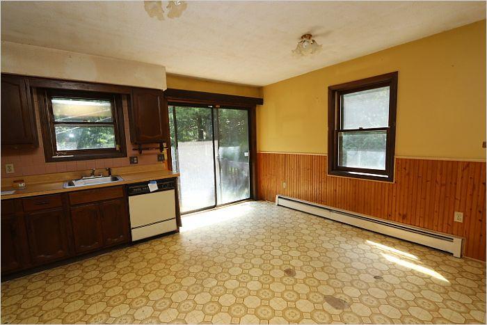 Elfyer - STAFFORD, CT House - For Sale