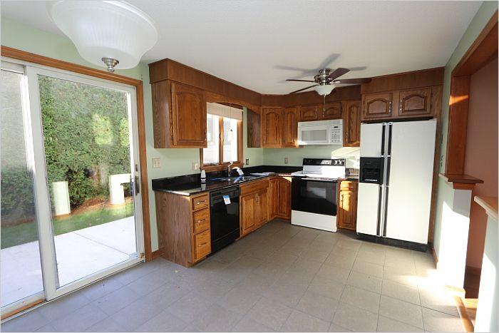 Elfyer - AGAWAM, MA House - For Sale