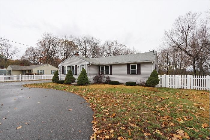 Elfyer - AGAWAM, MA House - For Sale