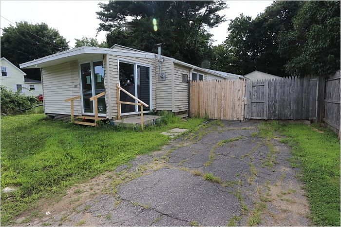 Elfyer - WARE, MA House - For Sale