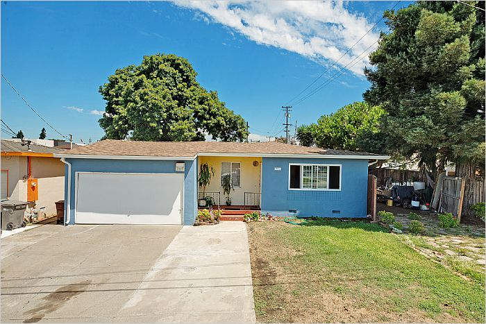 Elfyer - Hayward, CA House - For Sale