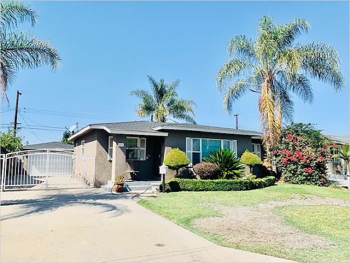 Elfyer - San Dimas, CA House - For Sale