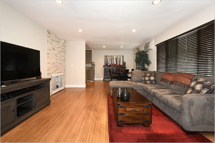 Elfyer - West Los Angeles, CA House - For Sale