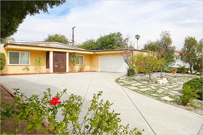Elfyer - Chatsworth, CA House - For Sale