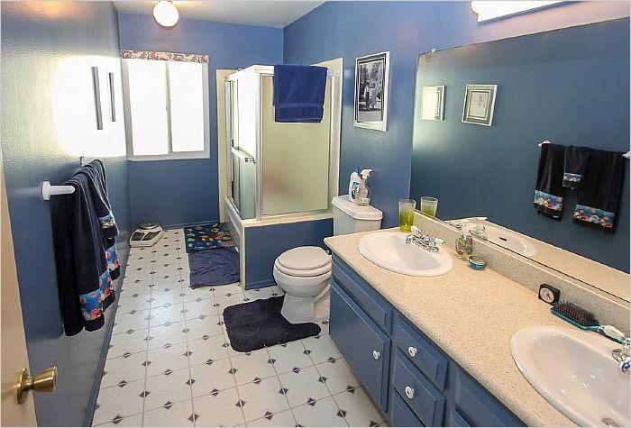 Elfyer - Woodland Hills, CA House - For Sale