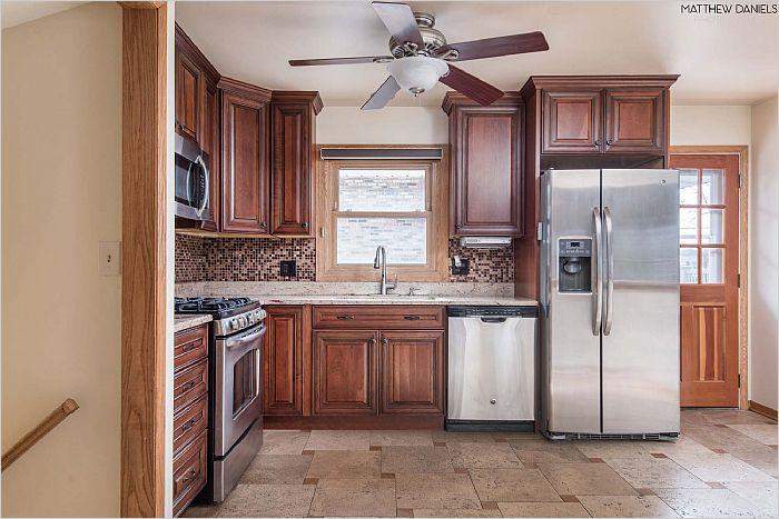 Elfyer - Oak Lawn, IL House - For Sale