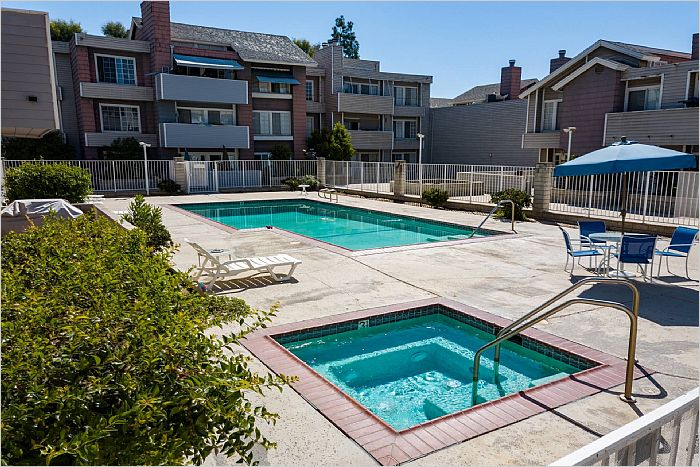 Elfyer - Winnetka, CA House - For Sale