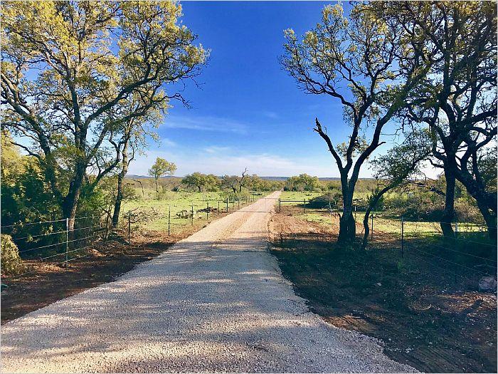 Elfyer - Fredericksburg, TX House - For Sale
