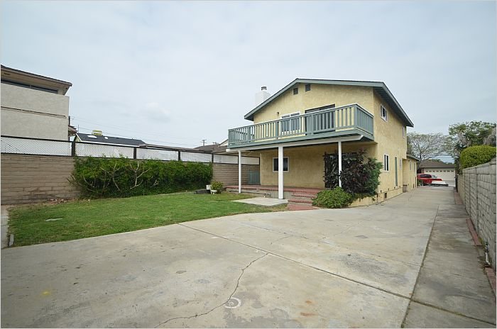 Elfyer - Torrance, CA House - For Sale