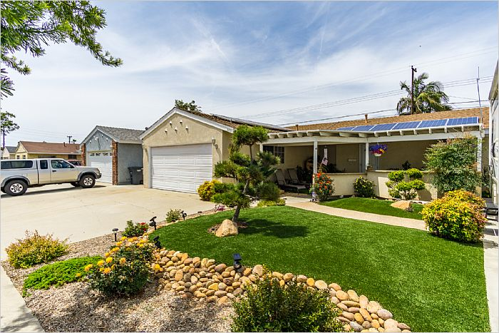 Elfyer - Buena Park, CA House - For Sale