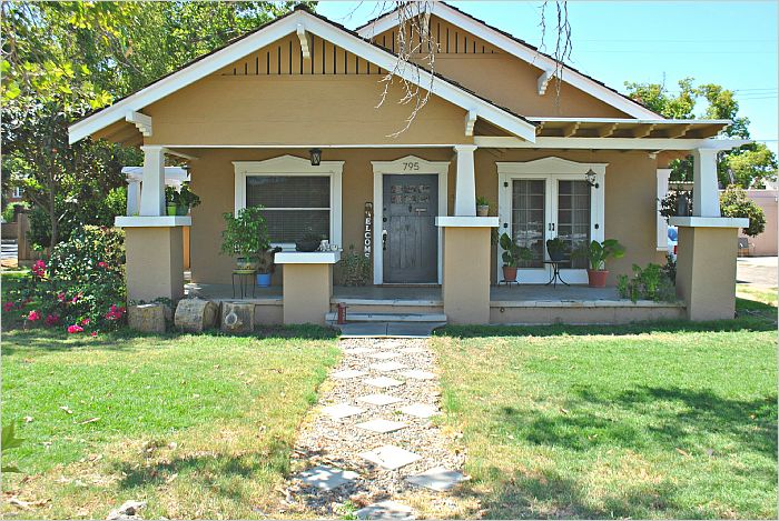 Elfyer - Tulare, CA House - For Sale