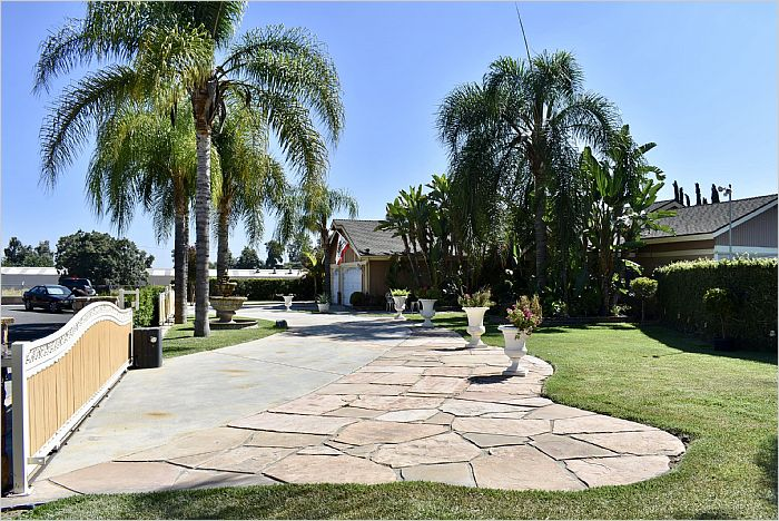 Elfyer - Chino, CA House - For Sale