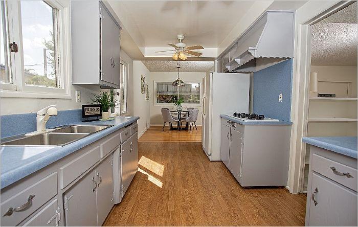 Elfyer - Canoga Park, CA House - For Sale
