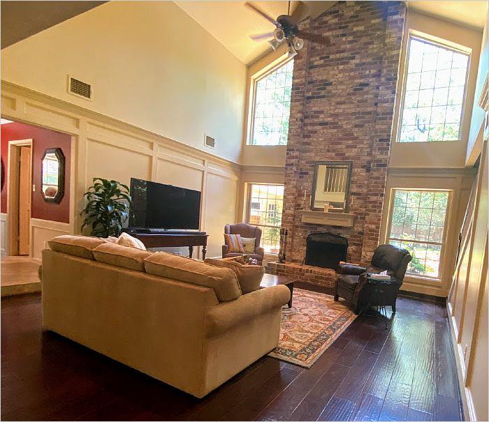 Elfyer - The Woodlands, TX House - For Sale