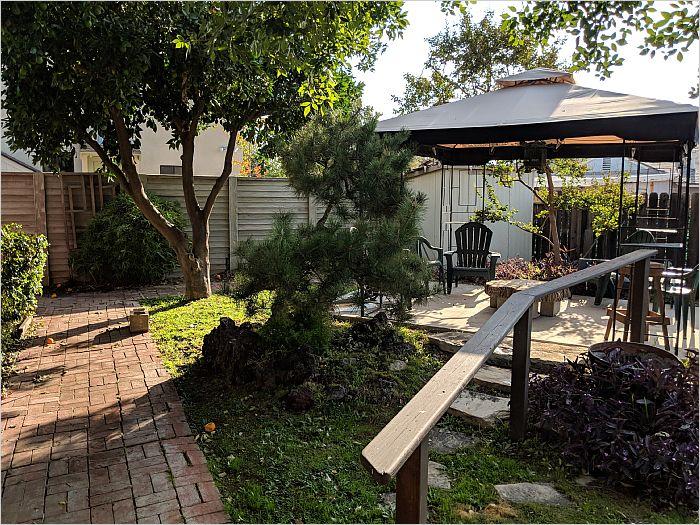 Elfyer - Northridge, CA House - For Sale