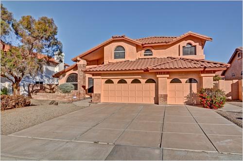 Elfyer - Glendale, AZ House - For Sale