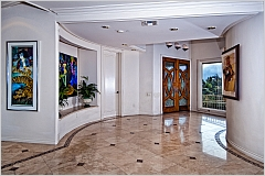 Los Angeles, CA House - For Sale